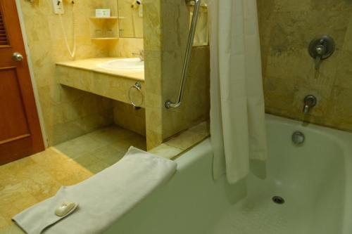Surabaya Suites