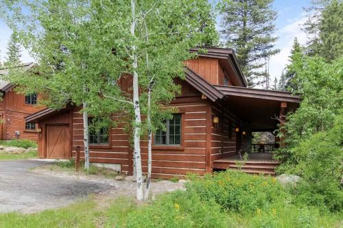Discovery Chalet 250 - Three Bedroom Chalet