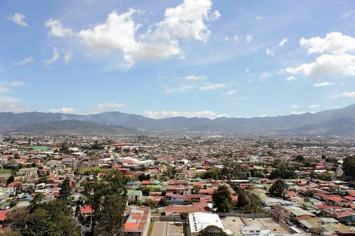 San Pedro, Los Yoses
