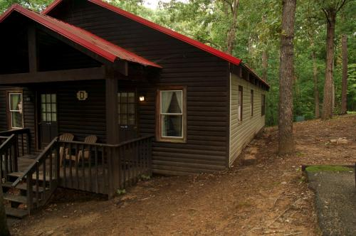 Carolina Landing Camping Resort Deluxe Cabin 3