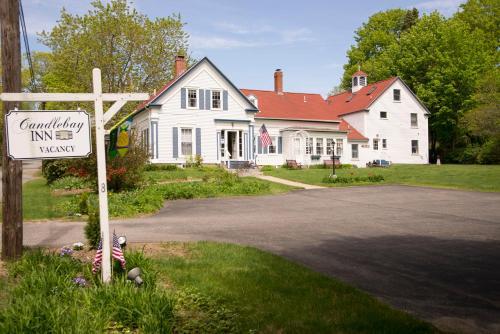 Candlebay Inn