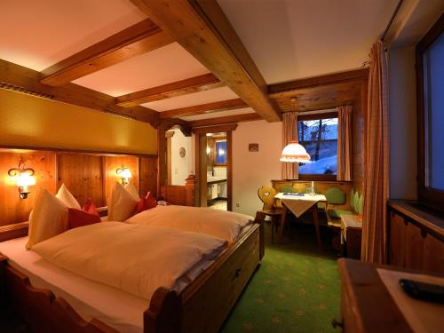 Hotel-Garni Felsenhof