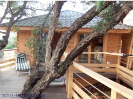 Albaria Lodge
