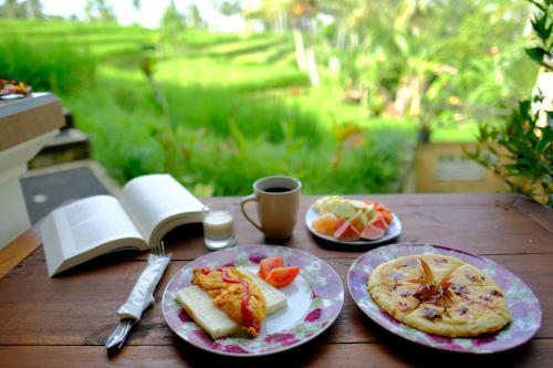 Dukuh Village Homestay & Villas