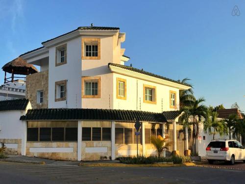 Cancun Villa W/Private Pool & Palapa