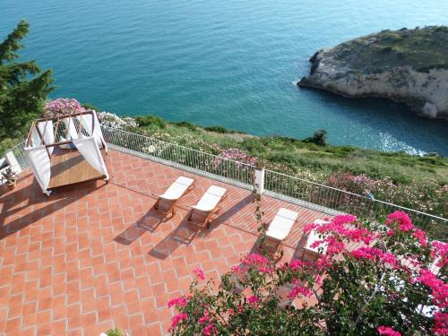 Baia Scirocco Bed and Breakfast
