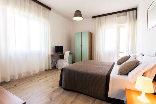 Hotel Antagos
