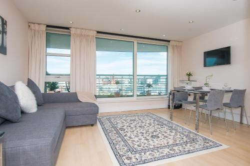 Cardiff Bay Luxury Retreat