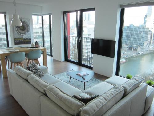 Red Apple centre luxury 2 bedroom apartment