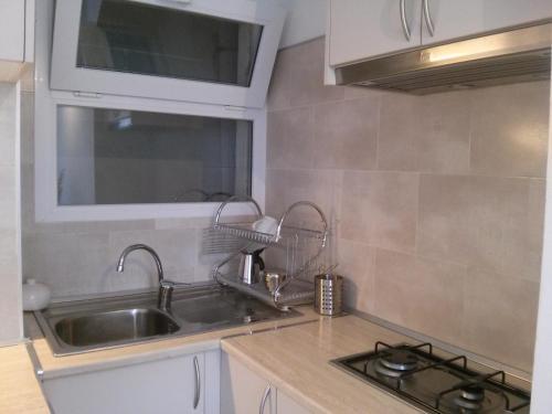 A kitchen or kitchenette at Nice apartment in Llançà center