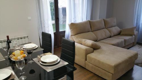 A seating area at Apartamento con encanto