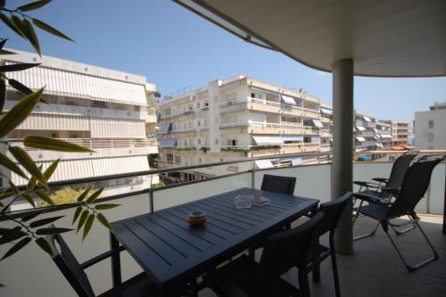 Lets Holidays Voramar Apartment