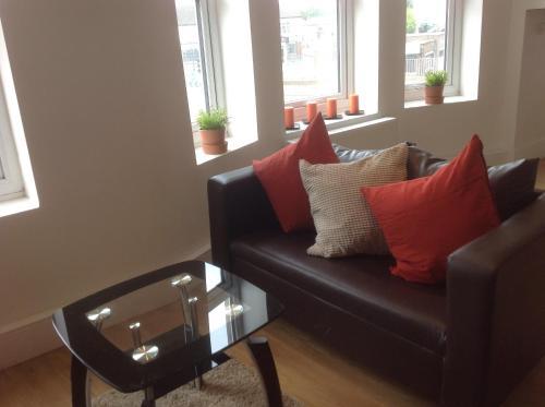 Cranbrook Apartment