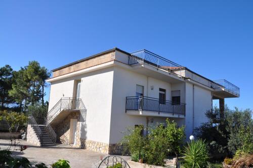montana's house