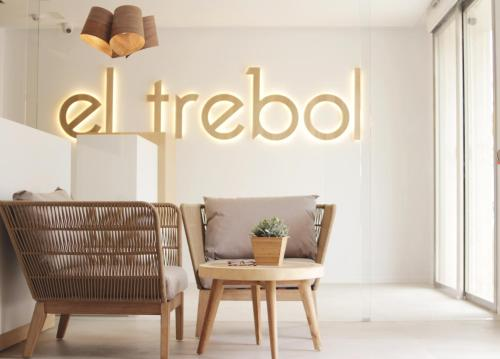 El Trebol Bar & Hostel