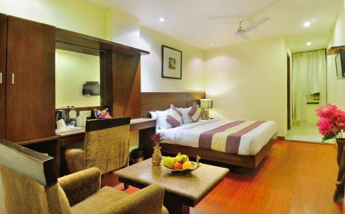 Hotel The Raj@New Delhi Railway Station