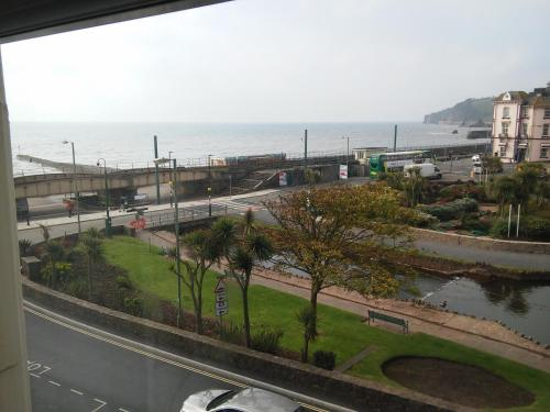Dawlish Sea View Apartment