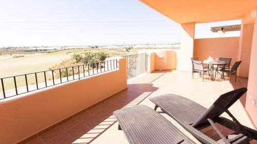A balcony or terrace at Mar Menor Resort