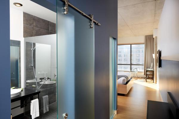 Hotel Dauphin Montreal Downtown