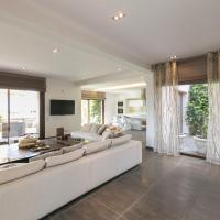 Vacation Home  Amour Luxury Villa Opens in new window