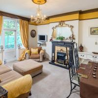 Two bedroom apartment in Maida Vale