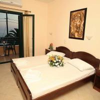 Condo Hotel  Kouros Hotel