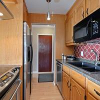 Shared 2 Bedroom at Colonial House