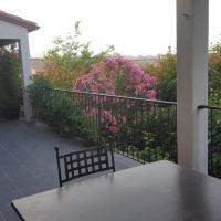 Villa avec piscine proche d'UZES