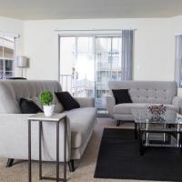 Deluxe Two Bedroom Condo| Perfect Location