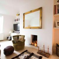 Homely two-bed flat in Brixton
