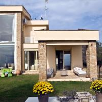 Vacation Home  Villa Starshell A' Opens in new window