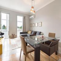 Le Petit Chateau Apartments Porto