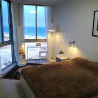 AG Beachfront Apartment