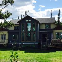 Beautiful large timber frame house in Whitehorse
