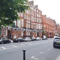 Pont street