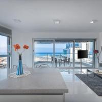 Beach front luxury three bedroom apartment