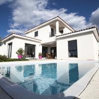 Colombet Stay's - Villa avec piscine La Roussanne - St Gely