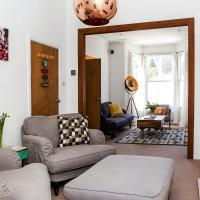 Charming Home In Brixton Sleeps 6