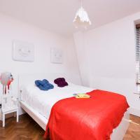 3 Bedroom Apartment next to Trafalgar Square