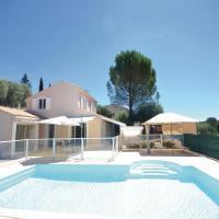 Three-Bedroom Holiday Home in PEYMEINADE