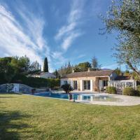 Three-Bedroom Holiday Home in Le Plan de Grasse