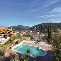 Three-Bedroom Holiday Home in Sollies Taoucas