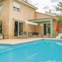 Three-Bedroom Holiday Home in Boujan-Sur-Libron