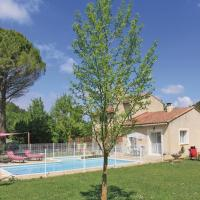 Holiday Home Pernes les Fontaines with Fireplace I