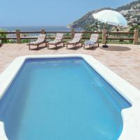 Three-Bedroom Holiday Home in La Herradura