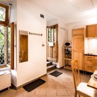 Apartment on Kazinczy 11