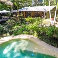 Your Own Retreat Getaway in Lush Rainforest