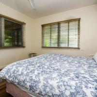 Picnic Bay Apartments Unit 3