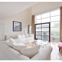 Beautiful Flat Close to the River