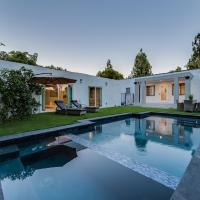 Beverly Hills/WEHO Modern 4BD with Heated Pool & Jacuzzi